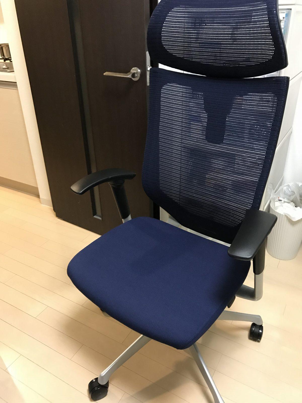 レビュー】オカムラの高級オフィスチェア「バロンチェア」は首こり・腰痛