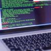 """HTML5のルート要素であるhtmlタグ使用時の注意事項とlang=""""ja""""の設定方法"""